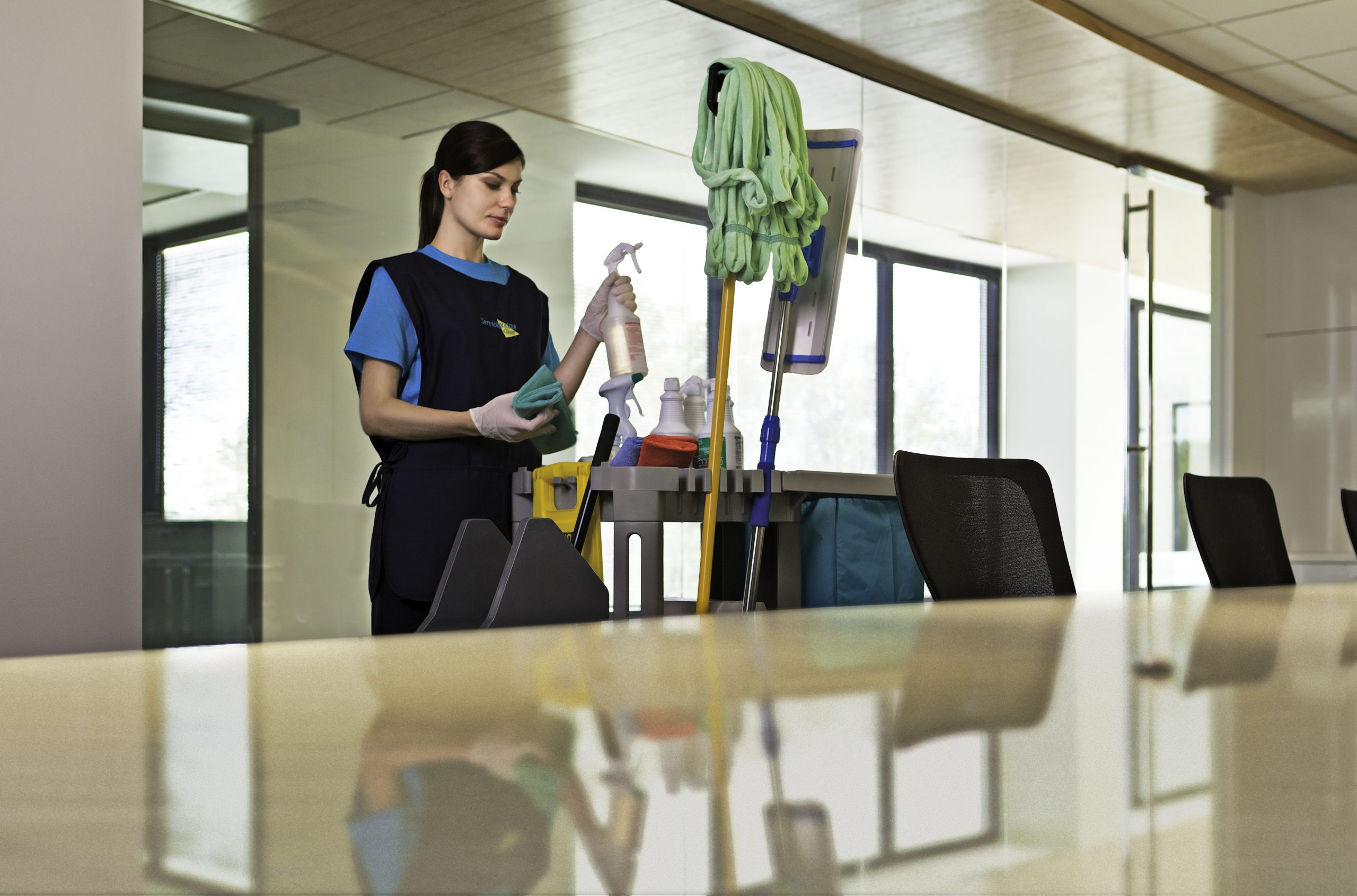 Your Comprehensive Office Cleaning Checklist
